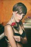 Belle verticale sensuelle de femme Image stock