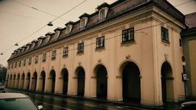 Belle vieille construction à Vienne banque de vidéos