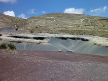 Belle visibilité directe colorée frailes de Cordillère De de montagnes en Bolivie Photographie stock
