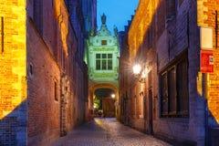 Belle voûte, entrée carrée de Burg, Bruges, Belgique photographie stock libre de droits