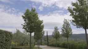 Belle voie par la campagne toscane banque de vidéos