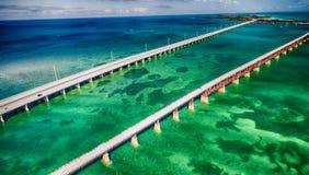 Belle vue aérienne de pont d'outre-mer en route, la Floride images stock