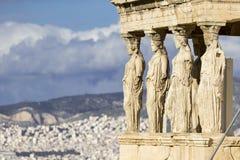 Belle vue d'Erechtheion à Athènes Grèce Image libre de droits