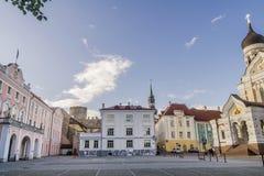 Belle vue de château et d'Aleksander Nevski Cathedral de Toompea dans la vieille ville de Tallinn, Estonie photographie stock