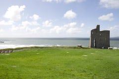 Belle vue de château et de plage de Ballybunion Photo libre de droits