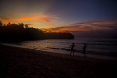 Belle vue de coucher du soleil de plage d'été image stock