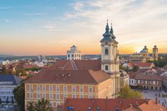 Belle vue de l'église de Minorit et du panorama de la ville d'Eger, Hongrie Photo libre de droits