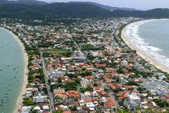 Belle vue de la colline de singe au Brésil image stock