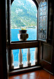 Belle vue de la mer Méditerranée et des montagnes Photos libres de droits