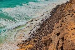 Belle vue de la mer de turquoise à Fuerteventura, Îles Canaries, Espagne photo libre de droits