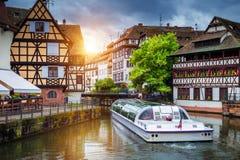 Belle vue de la ville historique de Strasbourg, hous coloré image stock