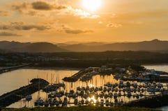 Belle vue de marina de Coffs Harbour, voiliers Photos libres de droits