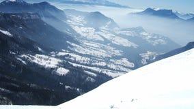 Belle vue de montagne de ciel dans les alpes français Images libres de droits