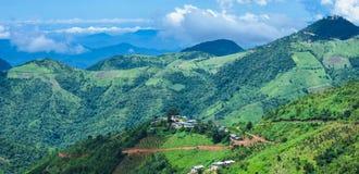 Belle vue de paysage avec les montagnes vertes de Kalaw, Shan State, Myanmar Photos libres de droits