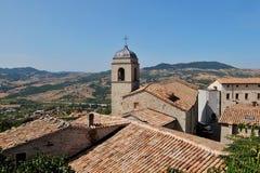 Belle vue de Pennabilli, petit comune en Italie Images libres de droits