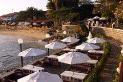 Belle vue de restaurant de plage en Maldives Photos libres de droits