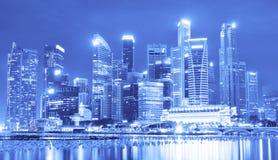 BELLE VUE DE SINGAPOUR LA NUIT Images libres de droits