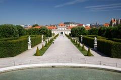 Belle vue du jardin et du palais inférieur de belvédère luttez Image libre de droits