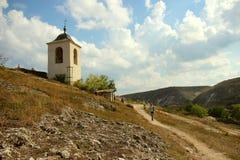 Belle vue du monastère rocheux image stock