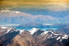 Belle vue et paysage de lac et de montagne en île du sud, Nouvelle Zélande photographie stock libre de droits