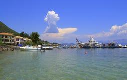 Belle vue ionienne de bord de la mer, Grèce images stock