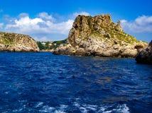 Belle vue sur la mer Méditerranée et les îles photos libres de droits