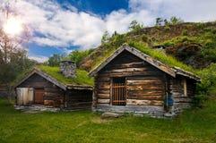 Belle vue sur le village scandinave antique et photo stock