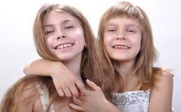 Belles amies heureuses images stock