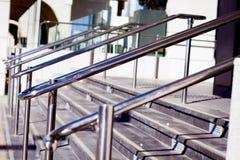 Belles balustrades d'acier inoxydable photographie stock