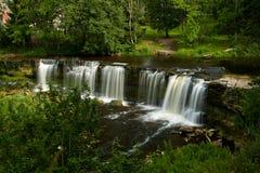 Belles cascades dans Keila-Joa, Estonie Photographie stock libre de droits