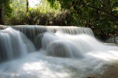 Belles cascades en Kuang Si Photo libre de droits