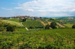 Belles collines dans la province de Teramo Photo stock