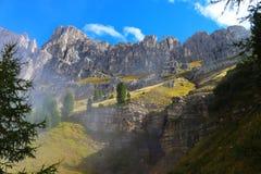 Belles falaises sur la montagne Photos libres de droits