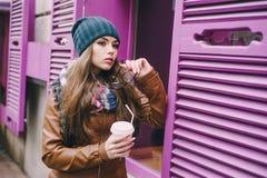Belles filles de mode extérieures Photo libre de droits