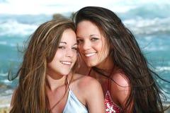 belles filles de plage Photos stock