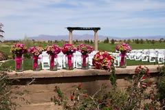 Belles fleurs de jeune mariée et de demoiselle d'honneur Images stock