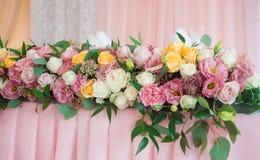 Belles fleurs de mariage Décor d'événement Images stock