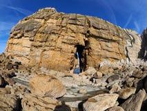 Belles formations de roche sur Playa de Portio, la Cantabrie, Espagne photo libre de droits