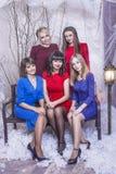 Belles jeunes et heureuses amies de femme ensemble au celebrat Images libres de droits