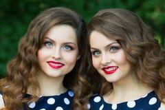 Belles jeunes filles Photographie stock