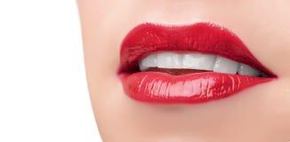 Belles lèvres et dents rouges Photographie stock libre de droits