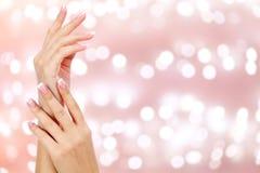 Belles mains de femme Images stock