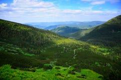 Belles montagnes de Karpatian Image libre de droits