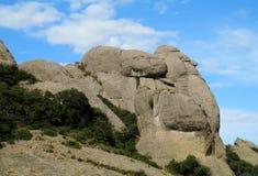 Belles montagnes formées peu communes dans le serrat de Mont, Espagne Photo libre de droits
