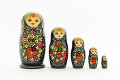 Belles poupées noires de matryoshka Photos stock