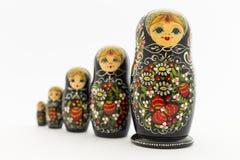 Belles poupées noires de matryoshka Images libres de droits