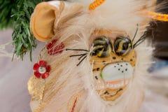Belles poupées pelucheuses de monstre, faites main, fin  Images libres de droits