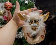 Belles poupées pelucheuses de monstre, faites main, fin  Photos libres de droits