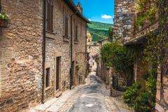 Belles rues polychromes en Ombrie, Italie Photo libre de droits