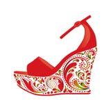 Belles sandales sur un fond blanc Images stock